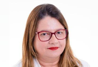 Dra. Mirna Ferraz