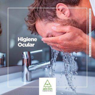 Lavar os olhos é o primeiro hábito de higiene ocular que deve ser adotado por você e a...